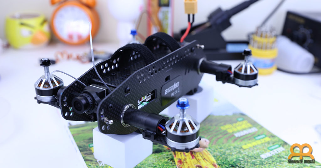 armazon-eachine-racer-180-1024x536