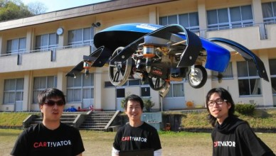 Prototype-flying-car-in-Toyota